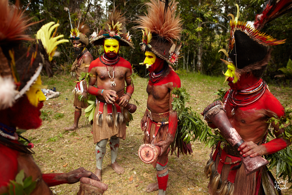 HULI WIGMEN READY TO PLAY, PAPUA NEW GUINEA
