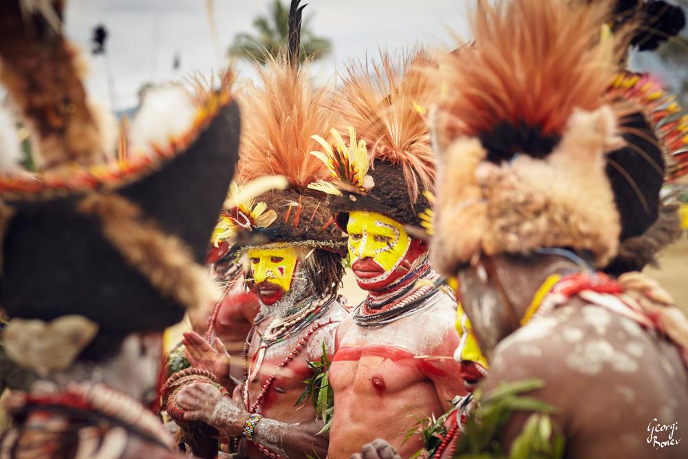 Huli Wigmen, Tribe, Papua New Guinea, Koroba