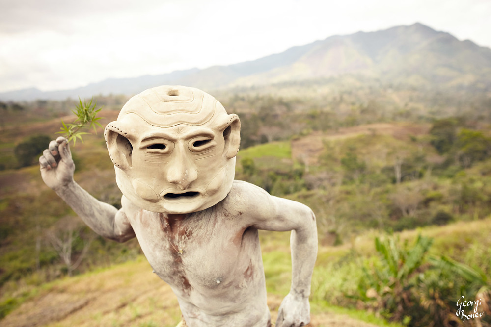 KAUPA FROM ASARO MUDMEN TRIBE IN PAPUA NEW GUINEA