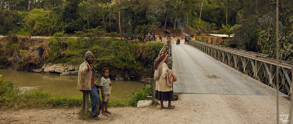 Crossing Kikori river, PNG