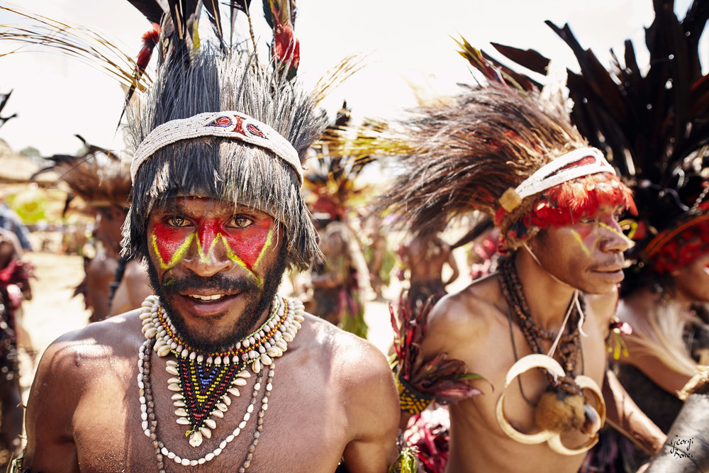DUMANIGU WARRIORS IN PAPUA NEW GUINEA