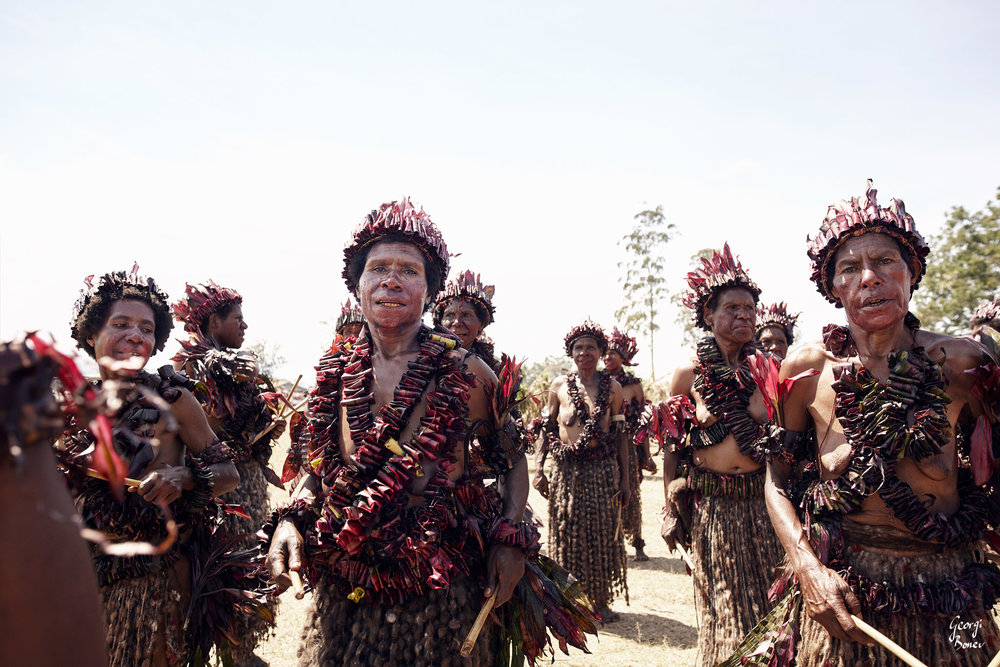 ELIMBARI WOMEN GATHER TOGETHER IN PAPUA NEW GUINEA
