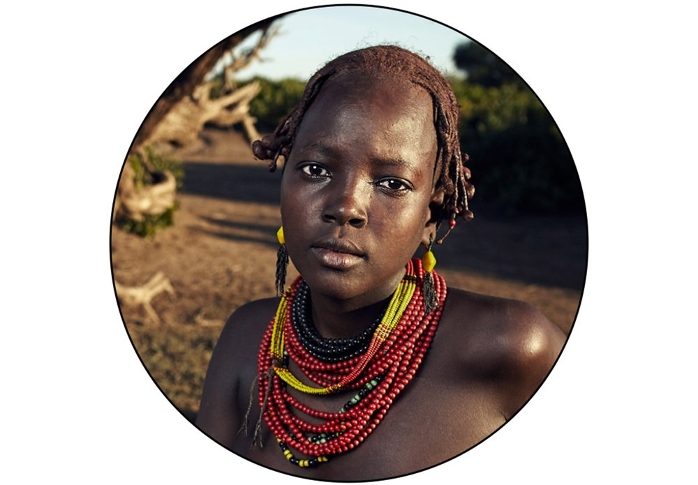 DAASANACH GIRL IN OMO VALLEY, ETHIOPIA