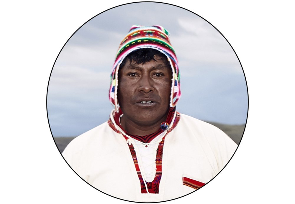 Uros_tribe_environmental_portrait_1