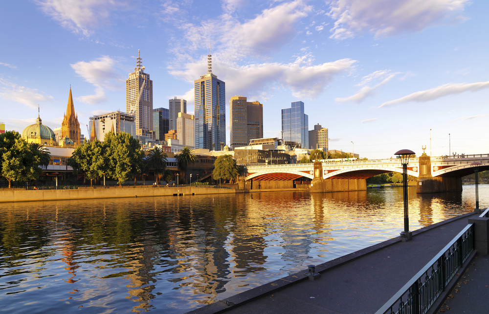 Investigating the use of shared spaces along the Yarra River for the City of Melbourne.