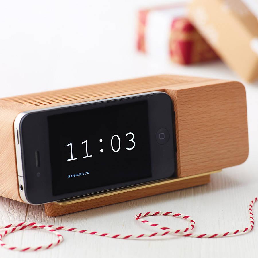 aaaoriginal_alarm-dock-for-iphone.jpg