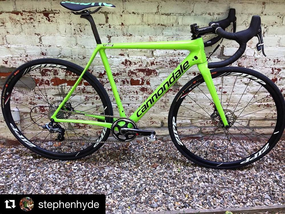 Almost cross season. #Repost @stephenhyde Mmmmmmmm so green. Got my new/old super secret #superX back. This is one of the two bikes I raced in Europe in the post-worlds races. #thismachinekillscross  http://ift.tt/29sjSac