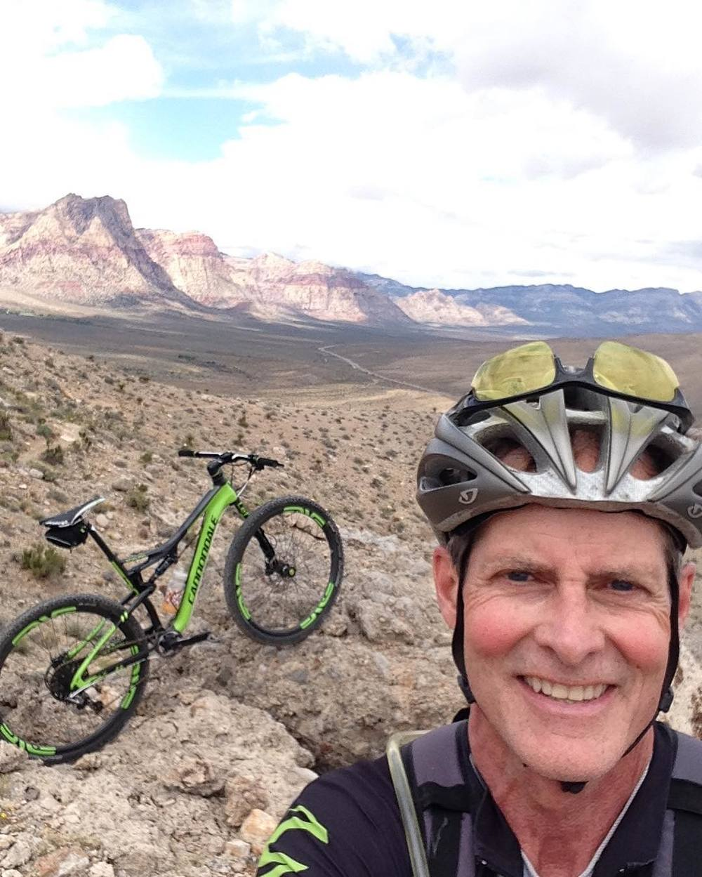 My Dad took my @ridecannondale #scalpel out west for some ridingduring the month of April. 🚐🚲☀️ http://ift.tt/20qKqv7