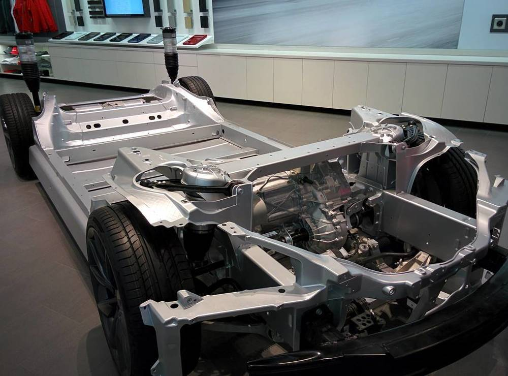 bilalm: The chassis #teslamotors #tesla