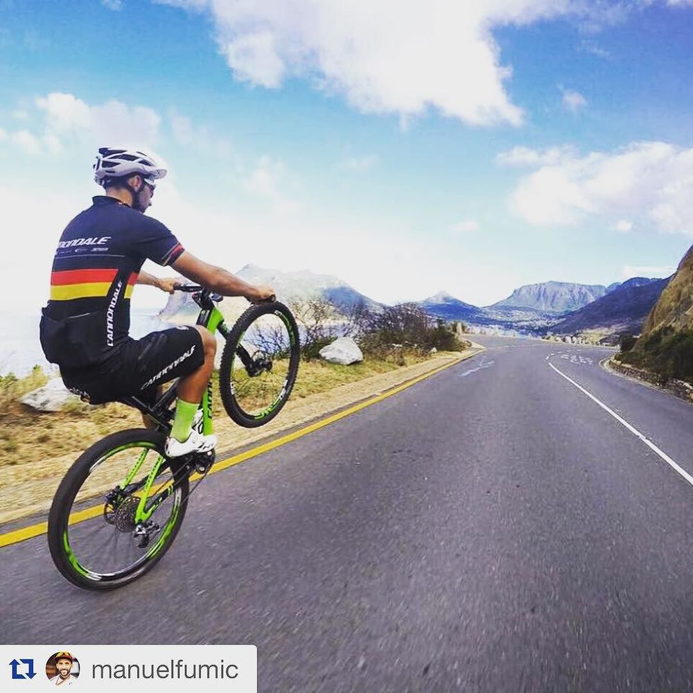 Digging the jersey #Repost @manuelfumic  cruising along the coast this morning. #capetown #officetime #summer @cannondalefactoryracing @cannondaleza @pocpac photo @craigkolesky  http://ift.tt/1R9u1cG