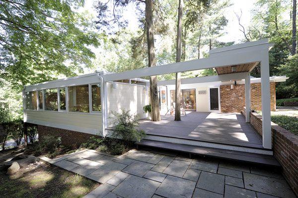 plastolux: 1958 Custom MCM in Hollin Hills by Casper Neer#mid century, #architecture, #MCM, #modern, #design, #modernism