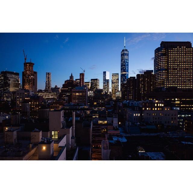 How does Manhattan not sink? by chrispino  http://ift.tt/1vXFflw