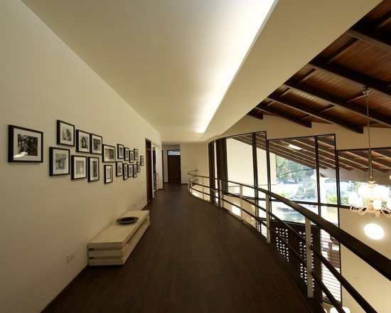 houseandhomepics :     hall by sak designs  http://www.houzz.com/photos/2424335/a-fusion-of-classic-and-modern-modern-hall-other-metro