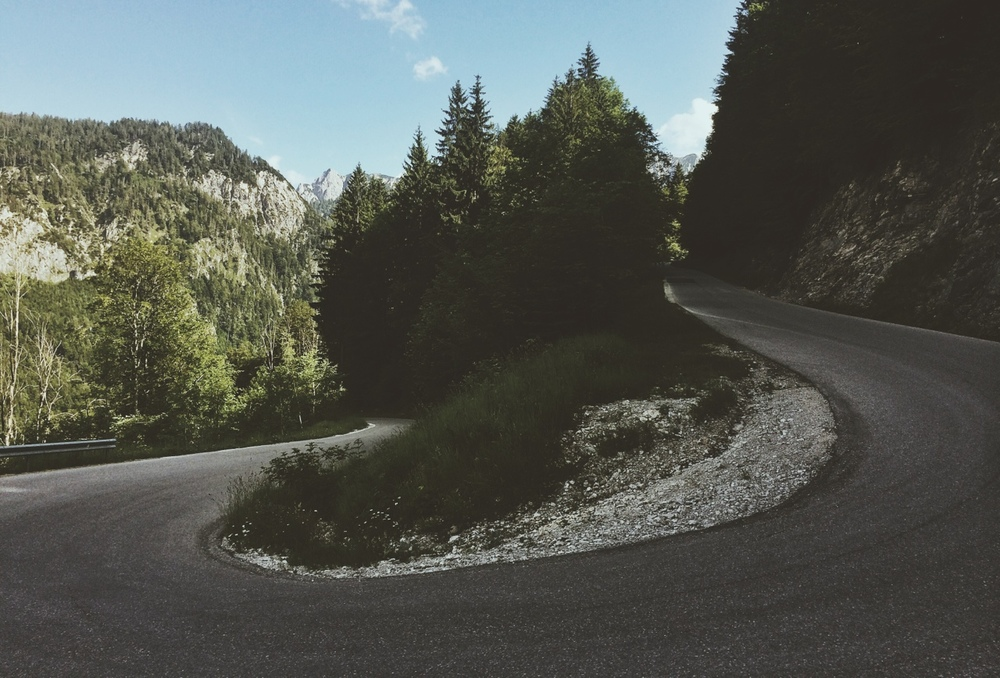 thestumpone :     Cornering in Austria
