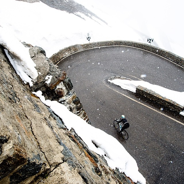 gruberimages :     It's a cold, long way down from here. #giro