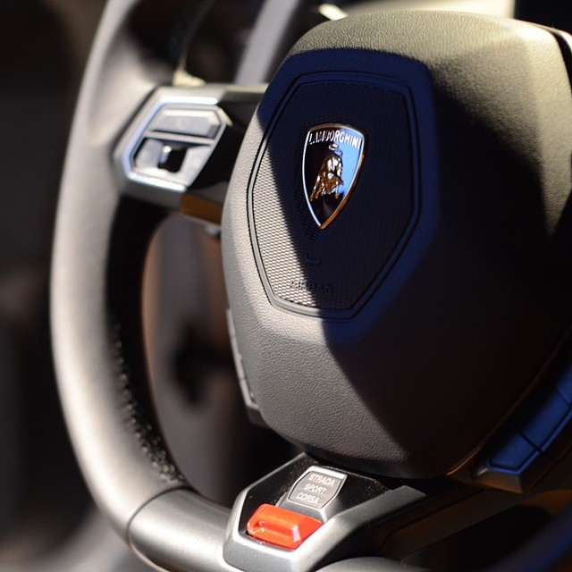 My obsession with flat-bottom steering wheels continues. #lamborghini #huracan by porhomme  http://ift.tt/1jdFhPF