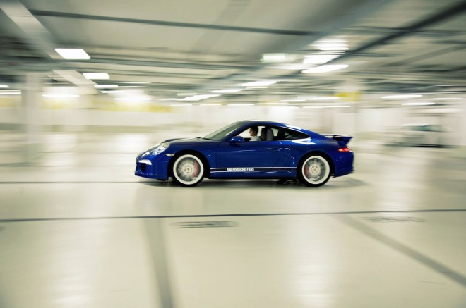 "airows :     (via  Porsche ""5 Million Fans"" 911 Carrera 4S «Airows )"