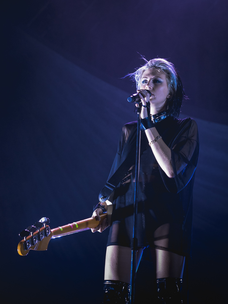 phantogram_fox_20161005-2.jpg
