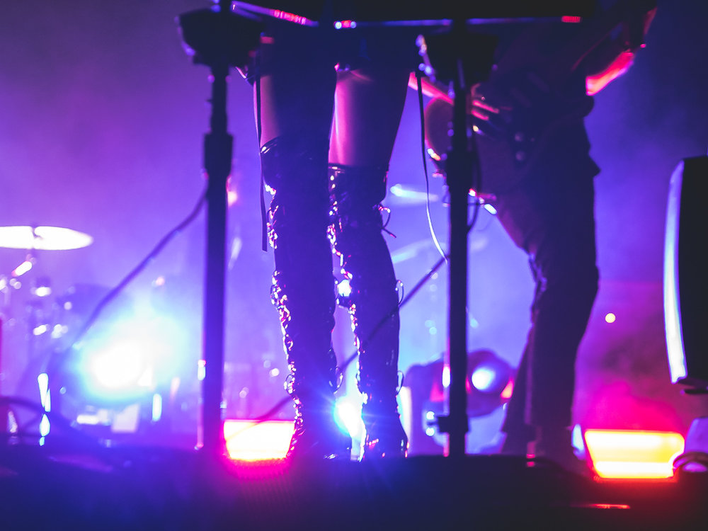 phantogram_fox_20161005-5.jpg