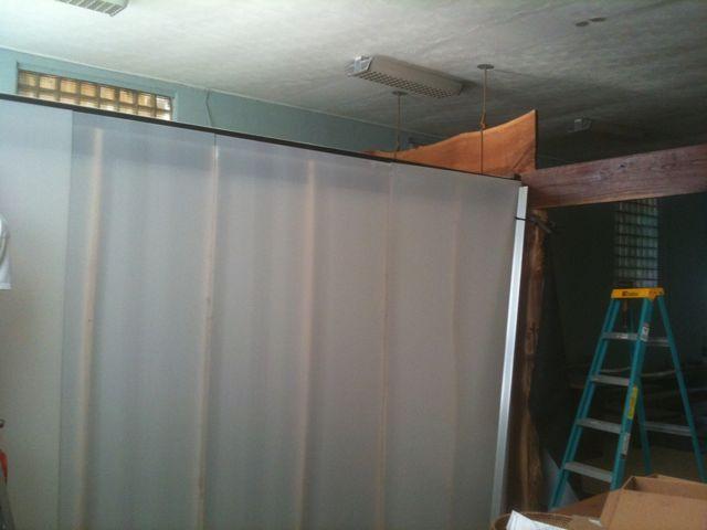 coroplast wall