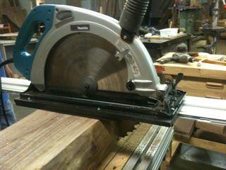timber frame saw cutting walnut beam