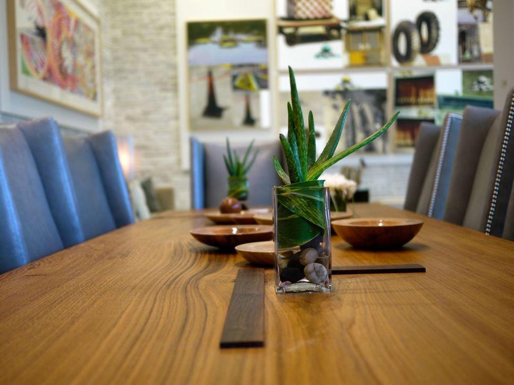dining-tables03.jpg
