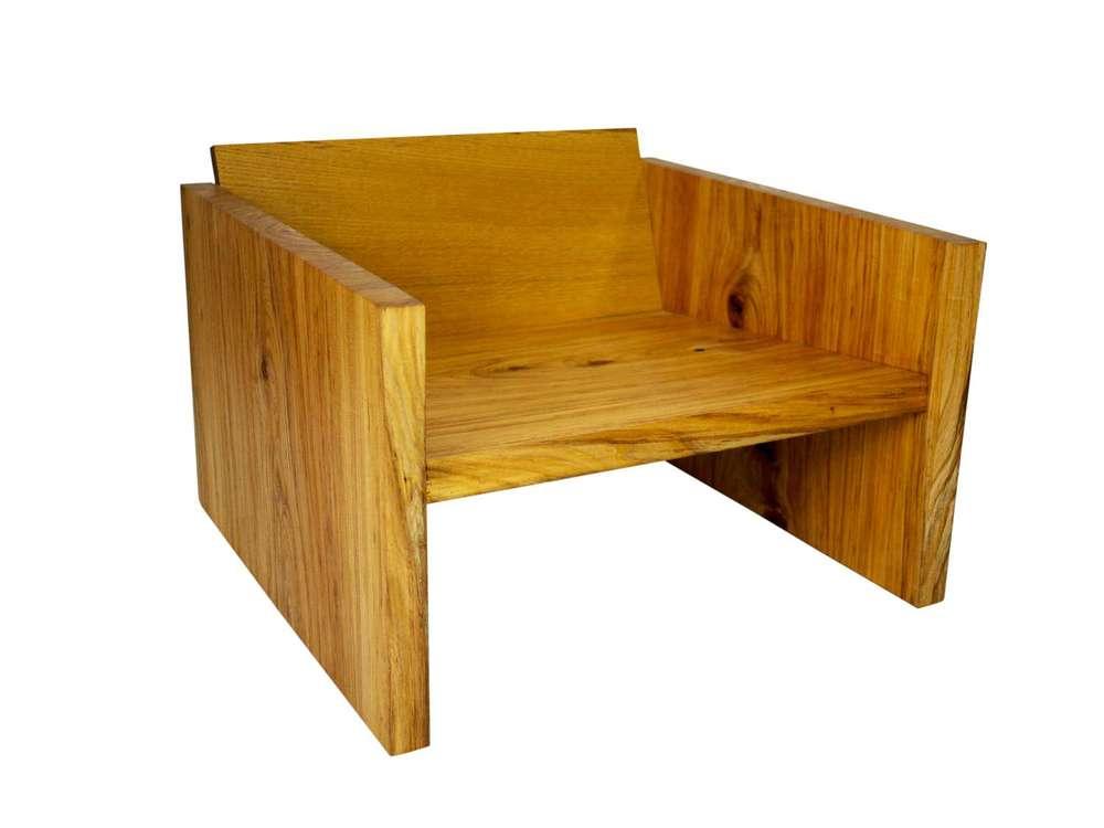 modern-oak-chair-1--kw copy-W1500.jpg