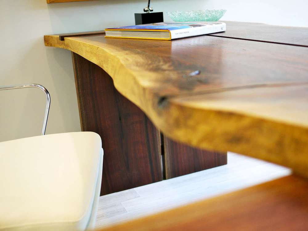 17phil-kean-walnut-desk-4--k-W1500.jpg