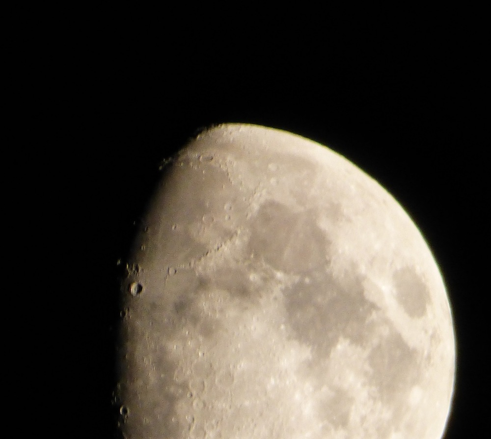 weekend-moon6.jpg