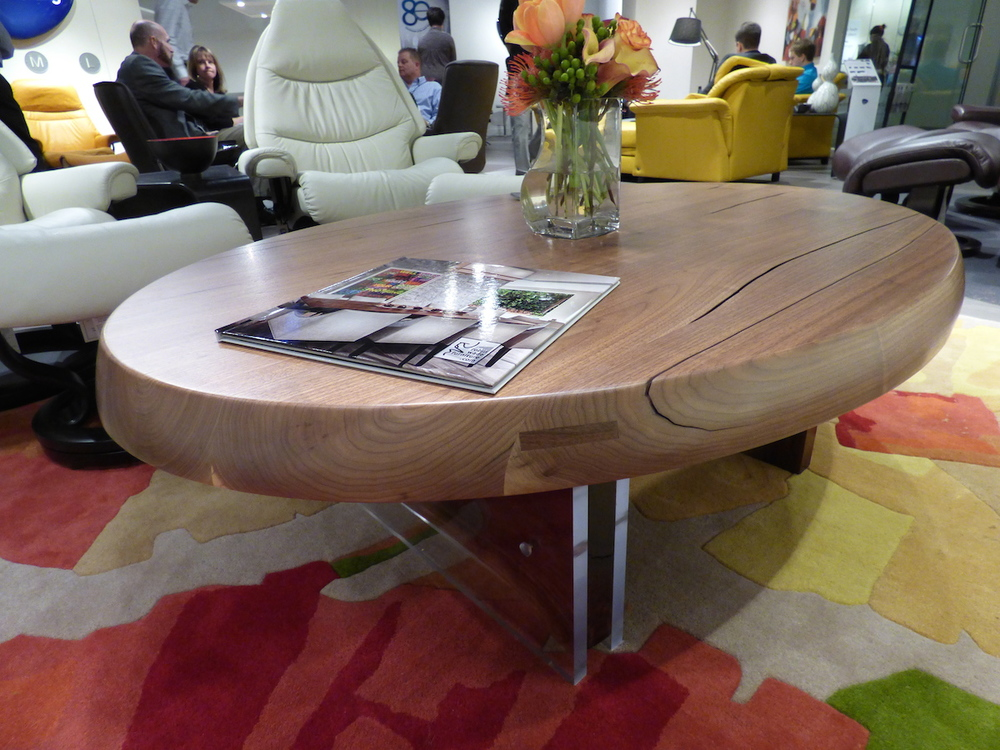 1-Ekornes-levitating-walnut-BEST copy.jpg