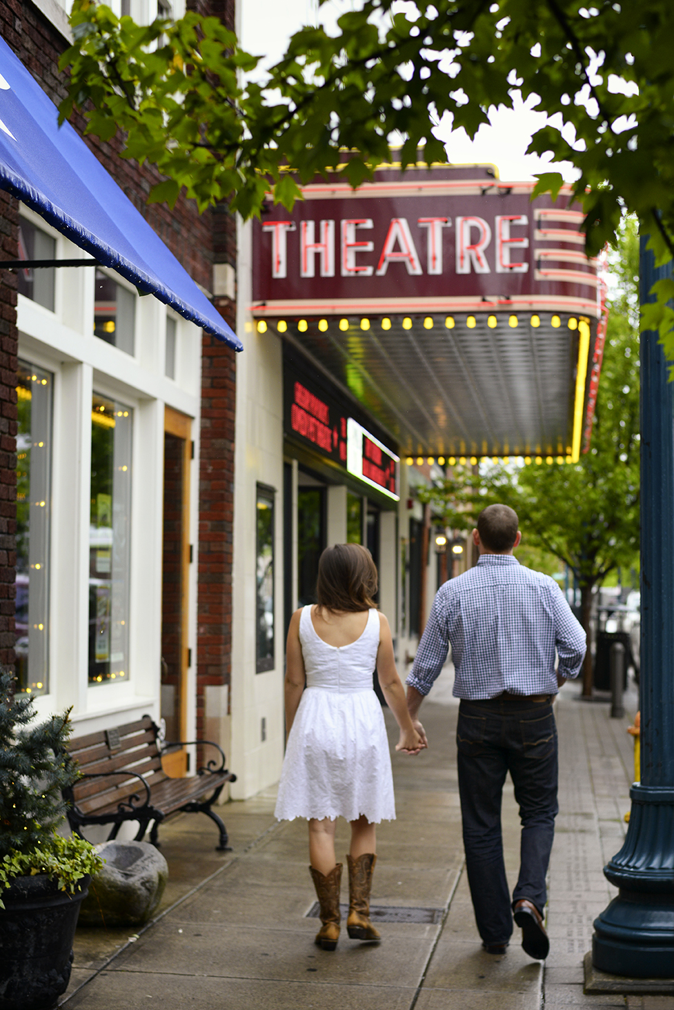 Hannah-Waylon-Downtown-Franklin-Theatre-Cinema