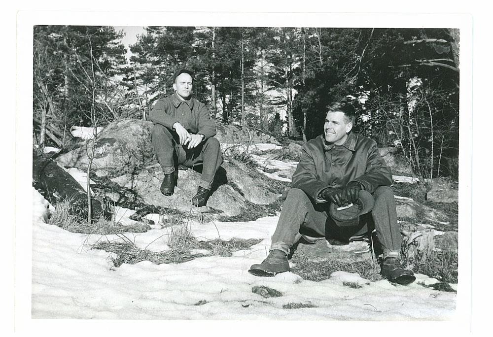 F. v. Fänrik Larsson (Modin) sergeant, Nilsson på Karklö.