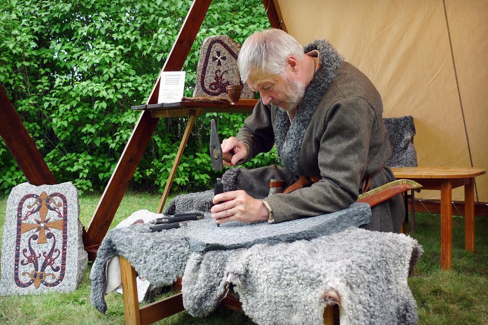 Ingemar deltog med sitt hantverk när 800-års jubileet av slaget vid Gestilrien firades år 2010.