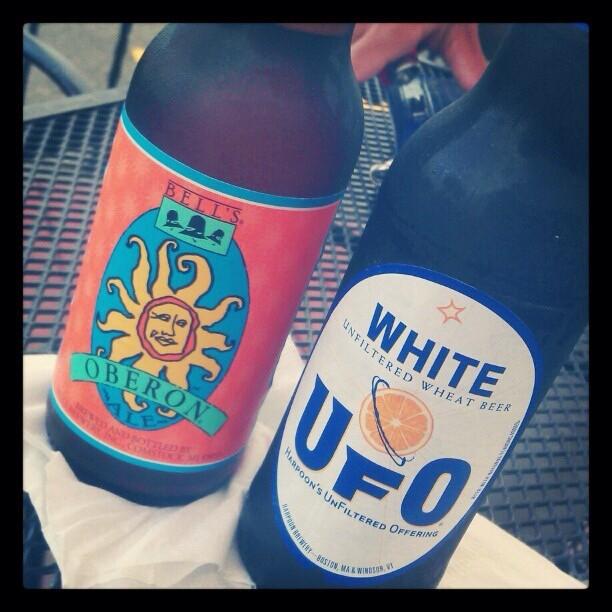 Oberon Ale y UFO White vía @desi_lani en Instagram