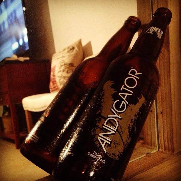 Abita Andy Gator vía @nataliaperez8 en Instagram