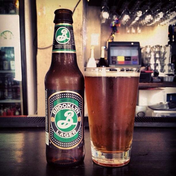 Brooklyn Lager vía @leblondet en Instagram