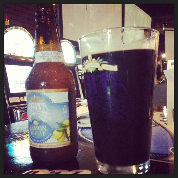 Abita Lemon Wheat y Ballast Point Imperial Porter vía @pablopr77 en Instagram