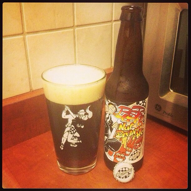 Buster Nut Brown Ale vía @ramonesbrew en Instagram