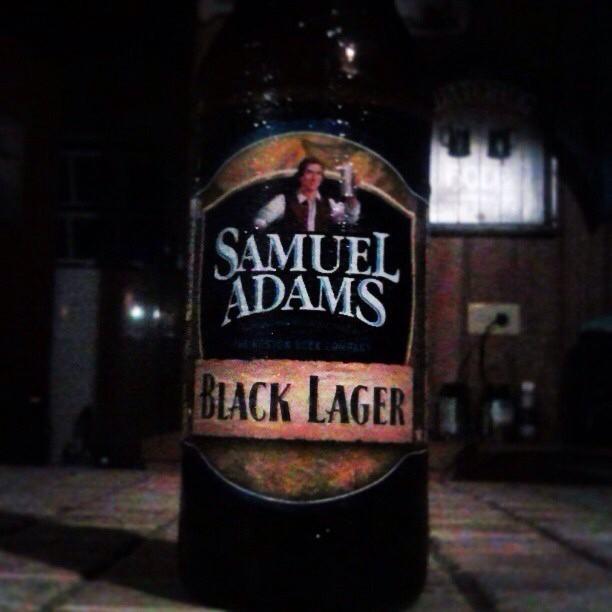 Samuel Adams Black Lager vía @valdorm