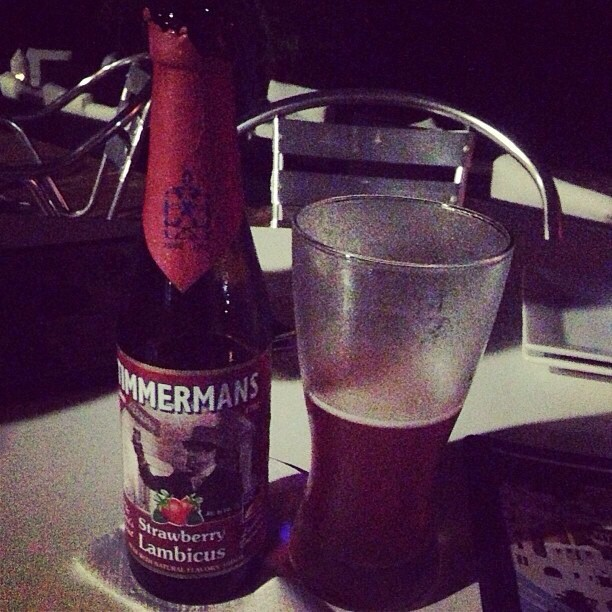 Timmermans Strawberry Lambicus vía @dix21 en Instagram