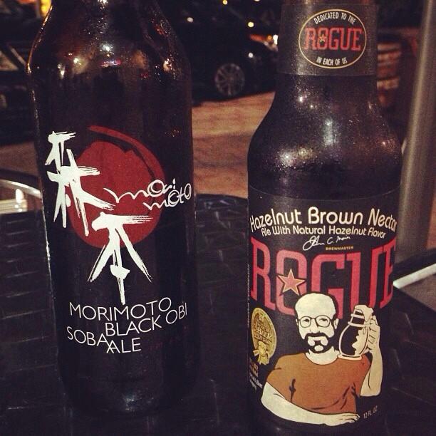 Morimoto Black Obi Soba Ale y Hazelnut Brown Nectar vía @puertoricoeats en Instagram