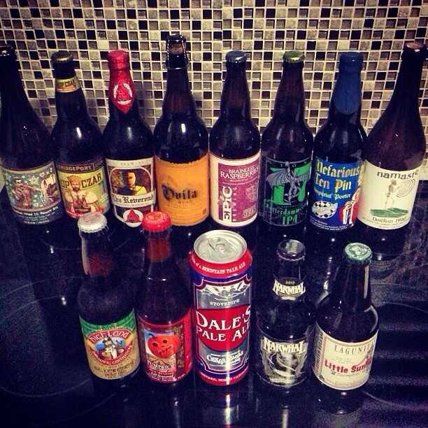 @Brewmaniac en Instagram exhibe las cervezas que trajo del este de los Estados Unidos