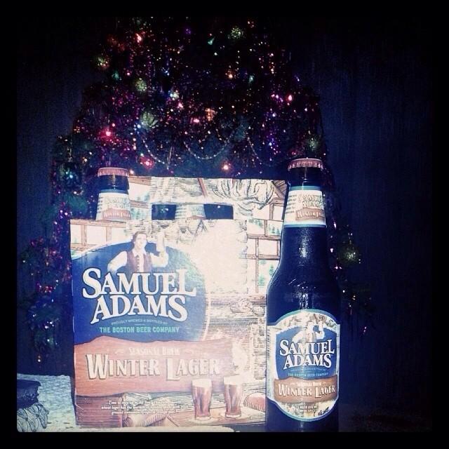 Samuel Adams Winter Lager vía @bierontap en Instagram