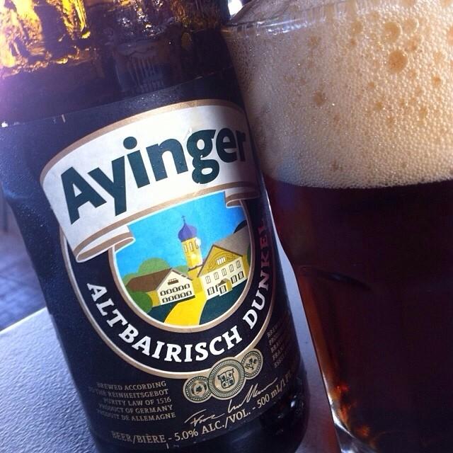 Ayinger Altbairisch Dunkel vía @Apaman8 en Instagram