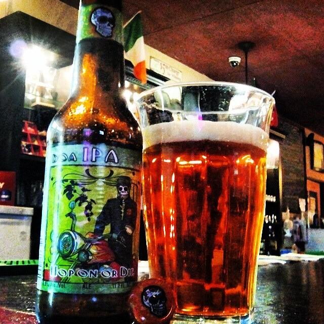 Cerveza de los Muertos Hop on or Die IPA vía @valdorm en Instagram