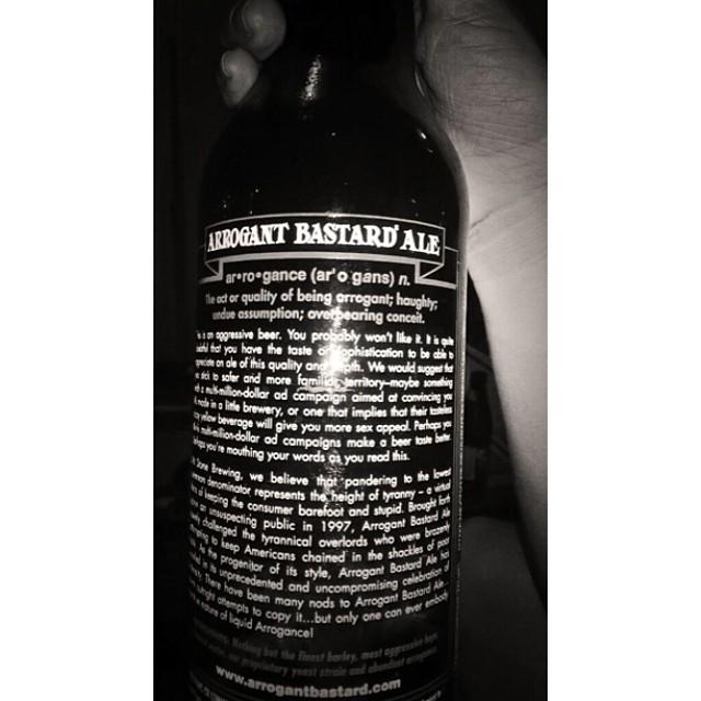 Arrogant Bastard Ale vía @Ariimay en Twitter