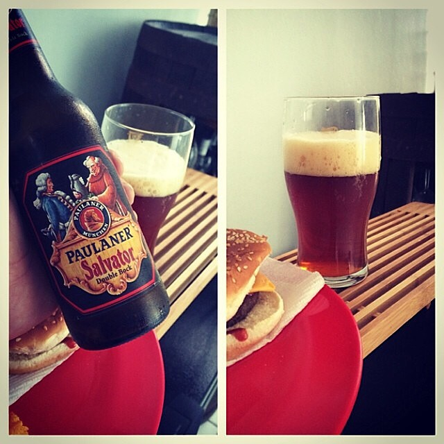 Paulaner Salvator Double Bock vía @rafaeluzzi en Instagram