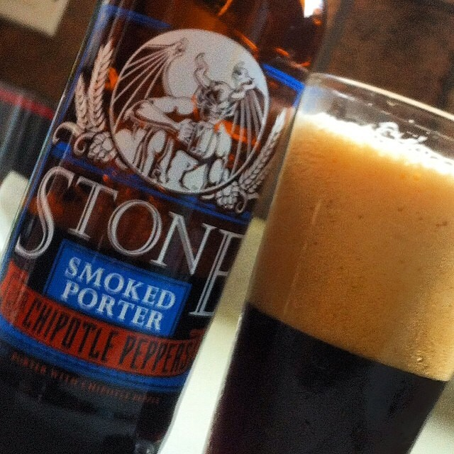 Stone Smoked Porter with Chipotle Peppers vía @apaman8 en Instagram