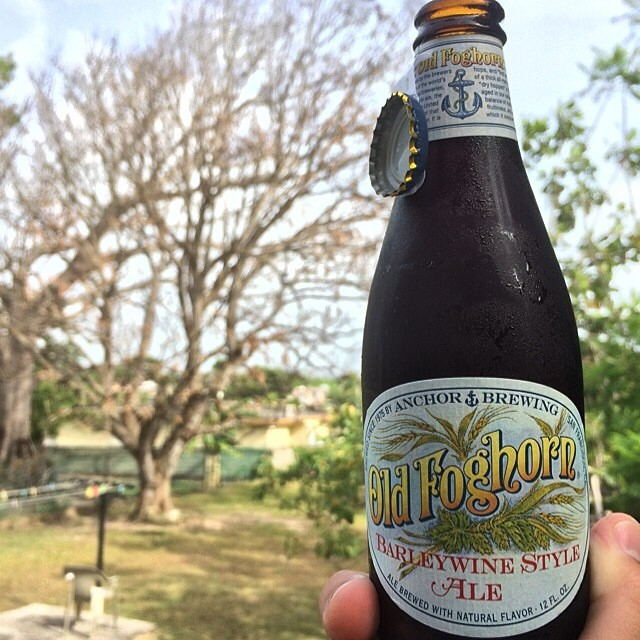 Anchor Old Foghorn Barleywine Style Ale vía @vsoto1990 en Instagram