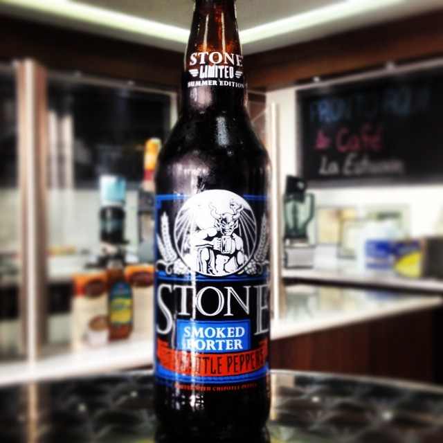 Stone Smoked Porter with Chipotle Peppers vía @shell65infanteria en Instagram